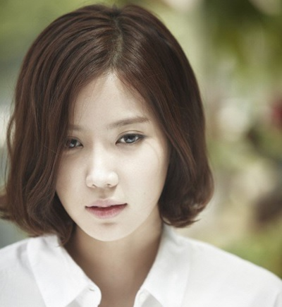 Born In 1990 Im Soo Hyang Have A Good Posture And Also Very Pretty I Watched Her Drama IRIS 2 2013 Although It Is Not As The Main Character Even